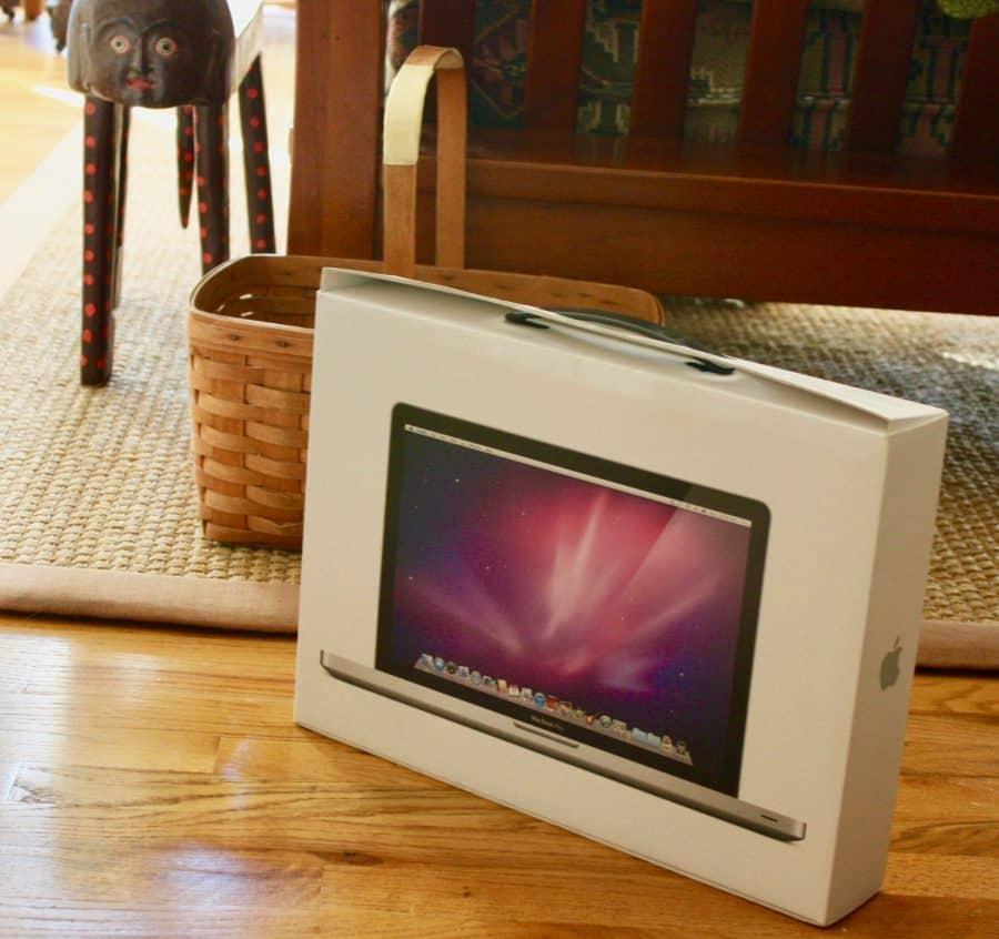 Computer Crash Mac Book Pro Box