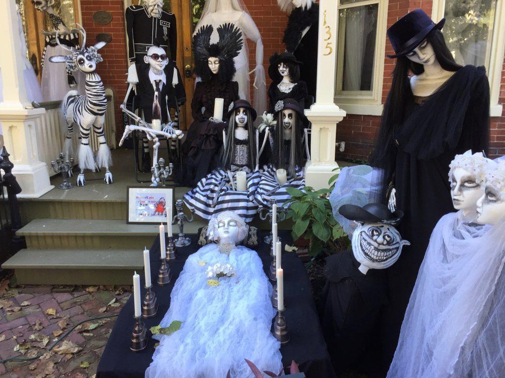 Lambertville Halloween House 2019 04