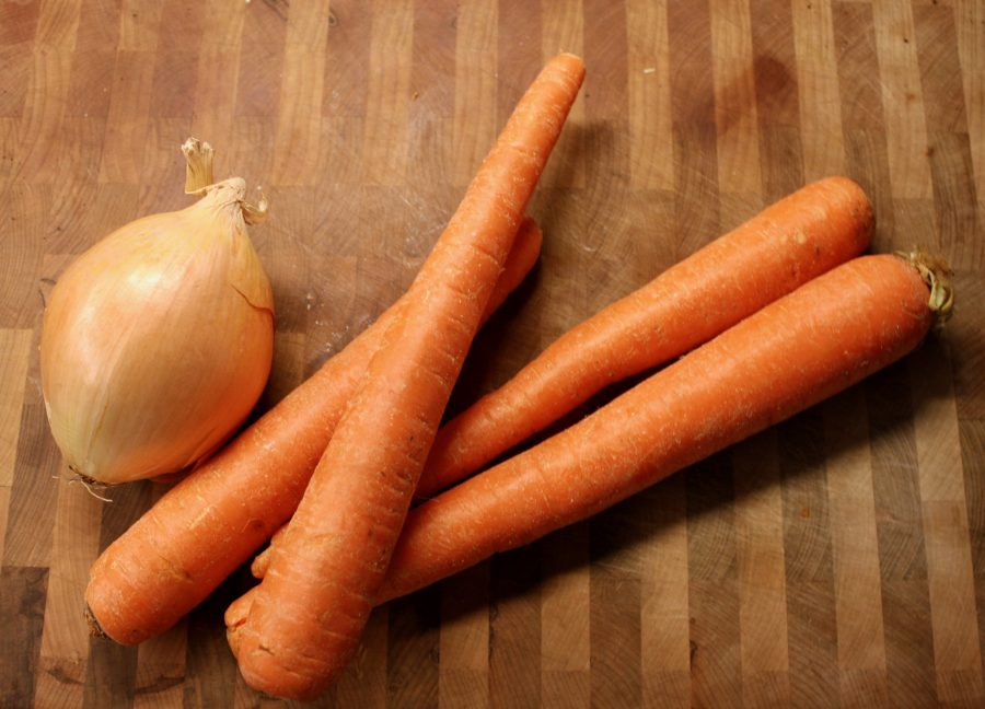 Foto-February Day 4 - Still Life Onion and Carrots