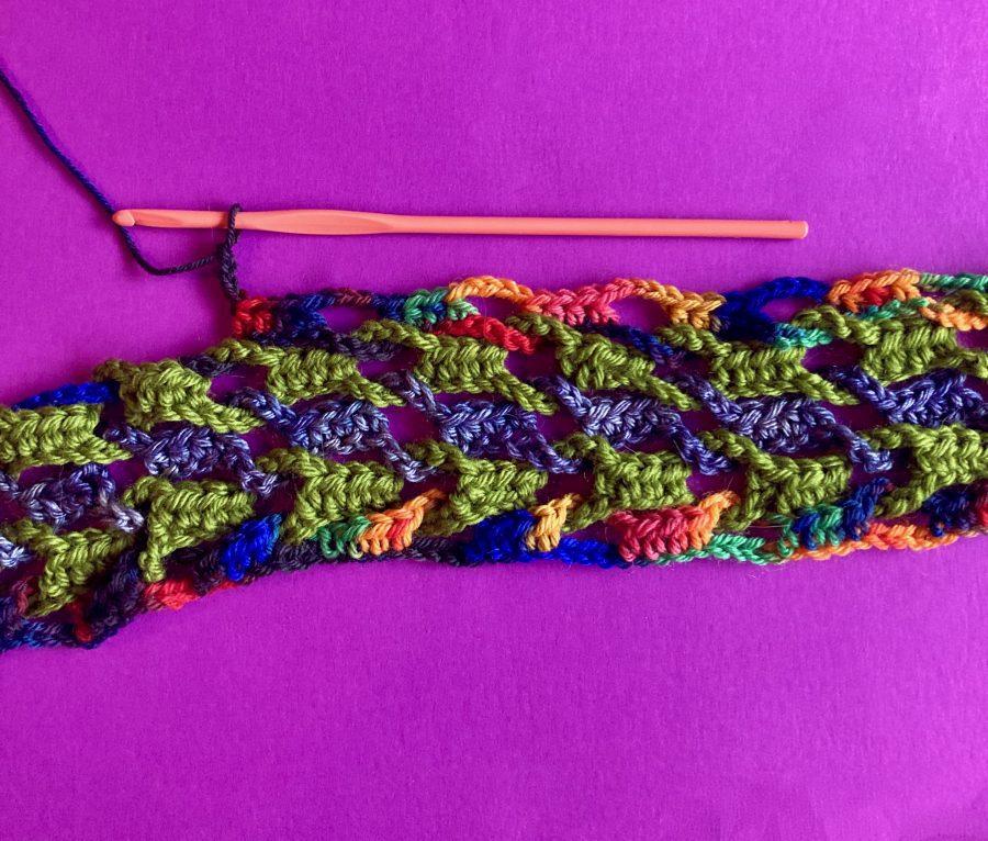 Interlocking Crochet Infinity Scarf 07-22-20 02