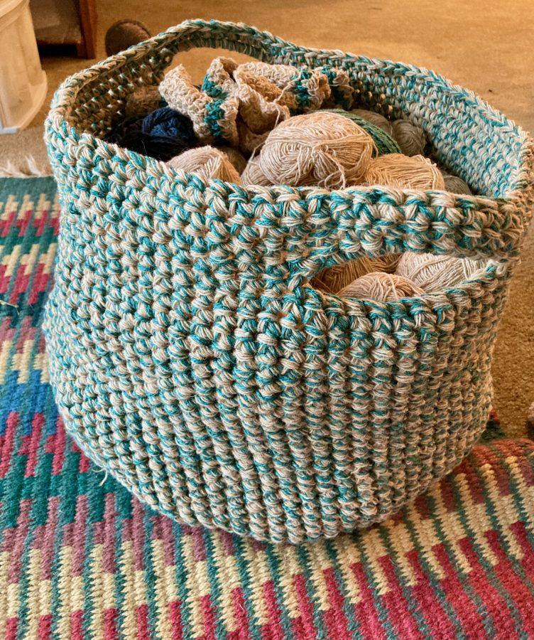 Bulky Crochet Basket Bag 09-11-30 01