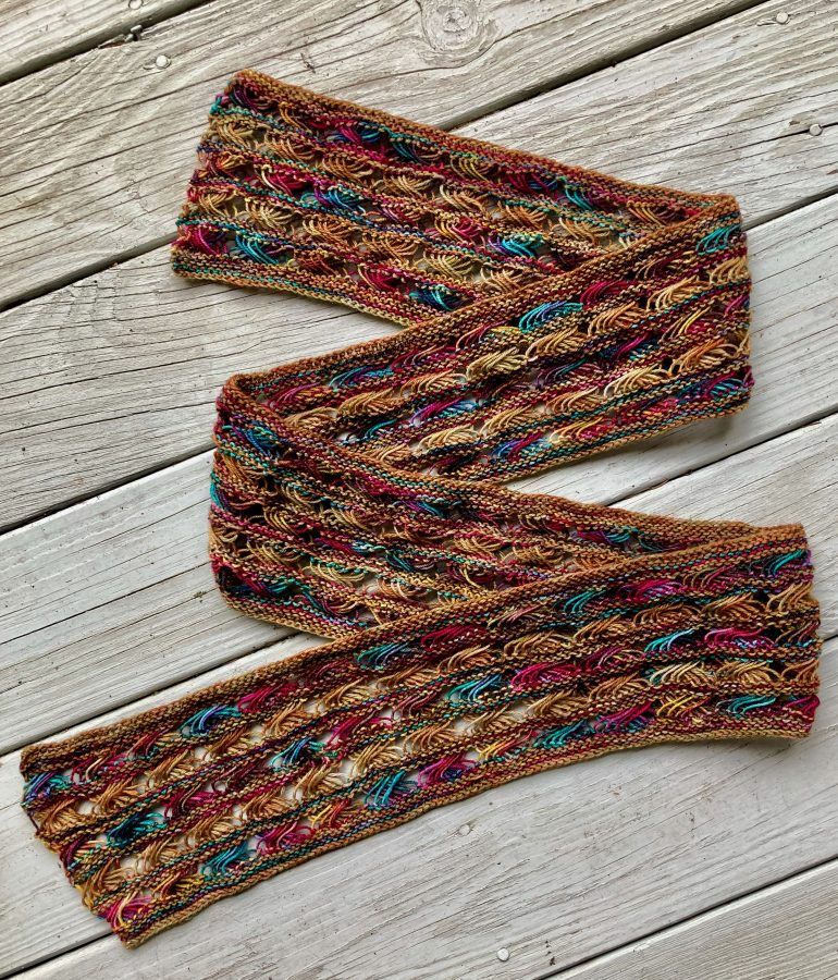 Knitted Cross Stitch Scarf CSS0052 02