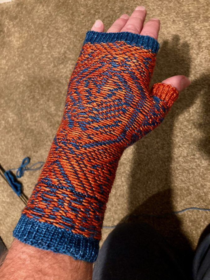 Provenance Mitts Test Knit 02-22-21 02