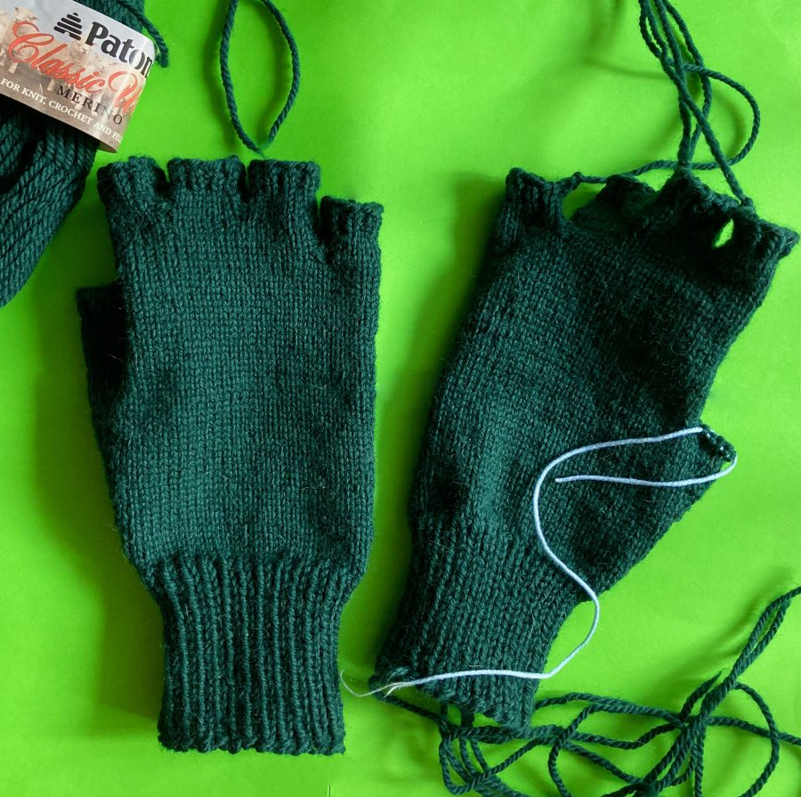 Choose Your Cable Adventure Fingerless Gloves 03-10-21 01