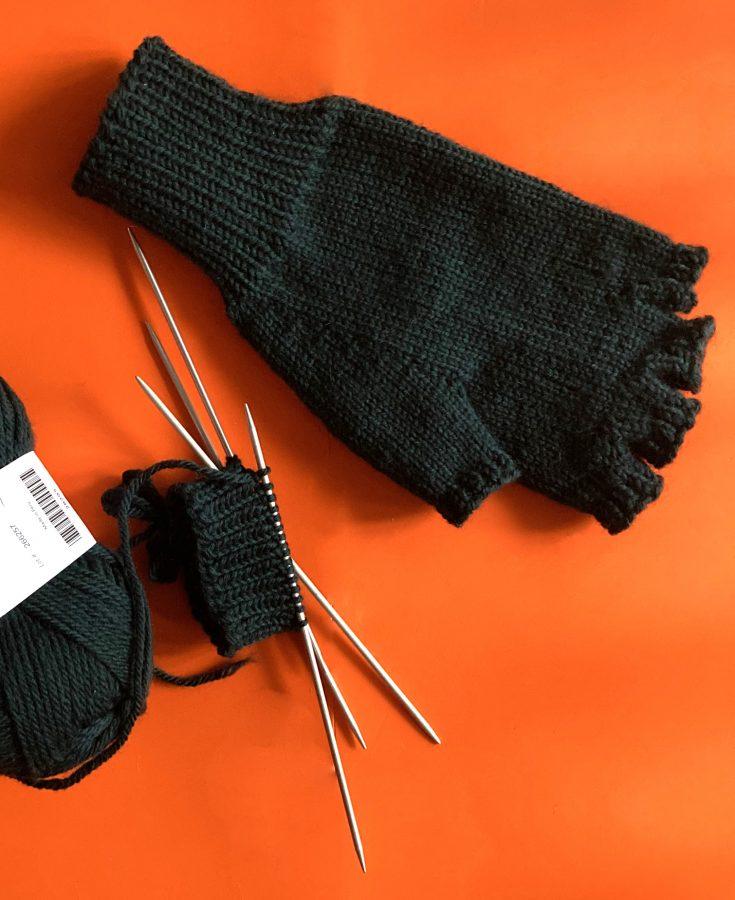 Fingerless Gloves 06-09-21 01