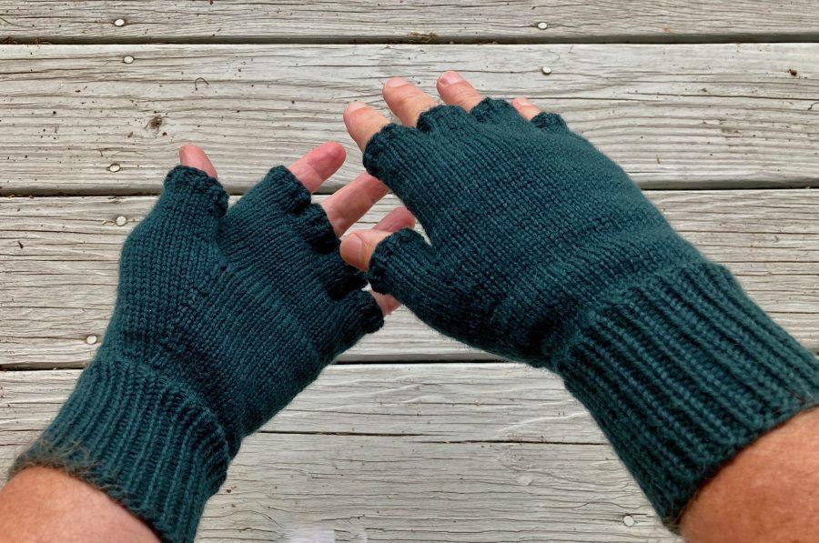 Fingerless Gloves Teal 06-11-21 02