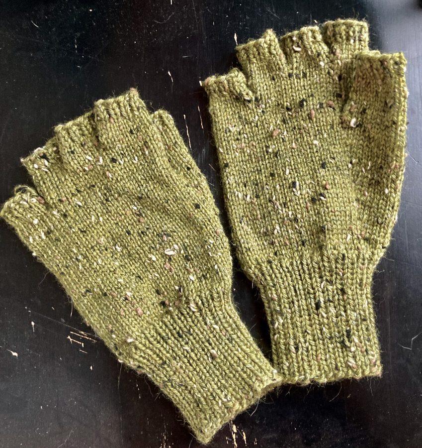 Fingerless Gloves 08-22-21 03