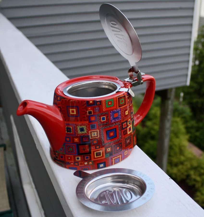 Tea Drinker Kaffe Tea Pot 02