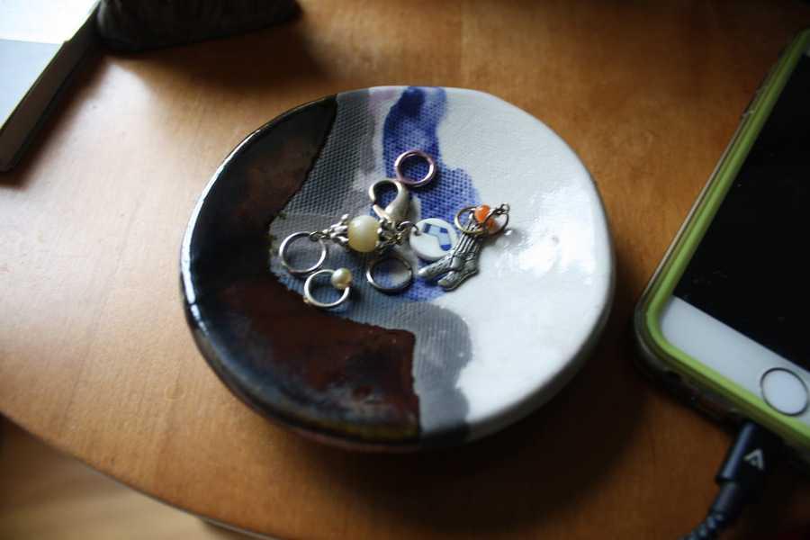 Notions Ceramic Dish 02