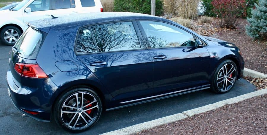 VW Golf GTI Sport 2017-1